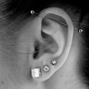 Silver Bar piercing earring
